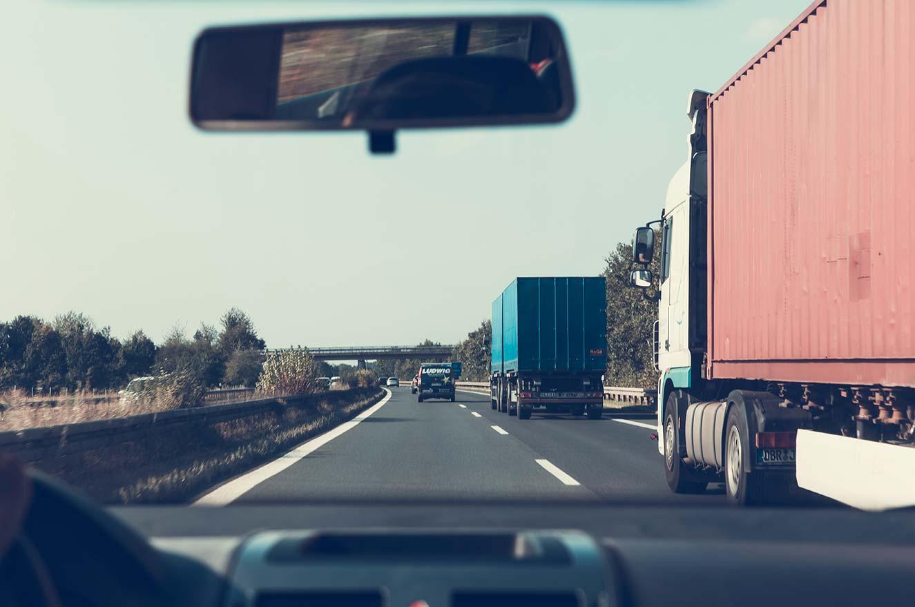 Route Transmo - Transport routier de marchandises, stockage et logistique à Grenoble.